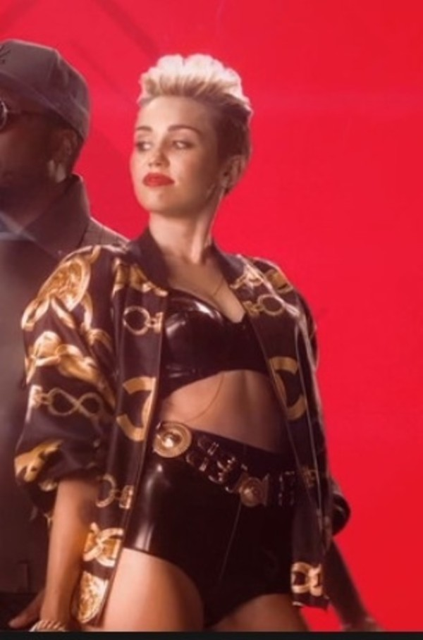 coat blouse jacket miley cyrus miley cyrus where do i get it from miley cyrus coat shorts shirt