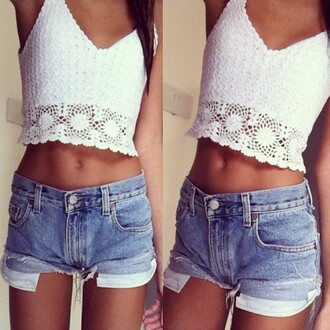 shirt boho crochet crop tops crop white cute lace tank top cream summer top denim shorts cut offs sleevless tan girl stomach tumblr floral floral tank top v neck hipster midriff lace top summer outfits cut off shorts high waisted denim shorts girly hot coachella jeans demin blouse