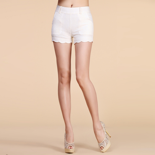 2014 summer plus size white lace shorts female shorts scalloped casual pants-inPants & Capris from Apparel & Accessories on Aliexpress.com
