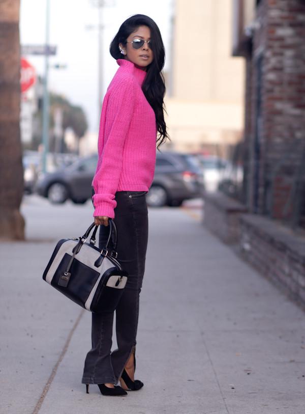 walk in wonderland t-shirt sweater jeans shoes bag jewels