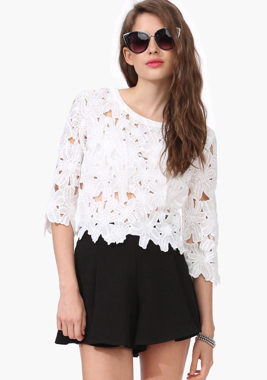 White Half Sleeve Embroidery Crochet T-shirt - Sheinside.com