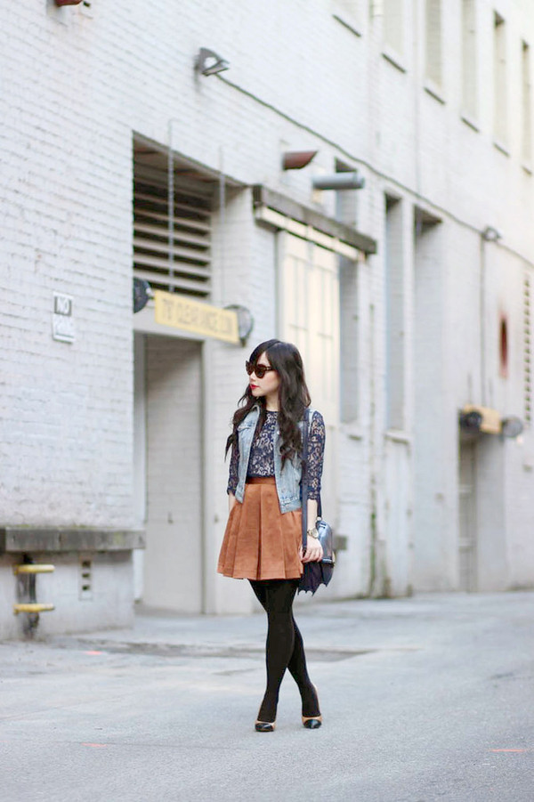 her waise voice blouse jacket skirt shoes sunglasses bag jewels