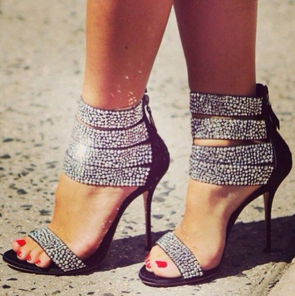 shoes heels black silver they look fabulous them tumblr instagram diamonds