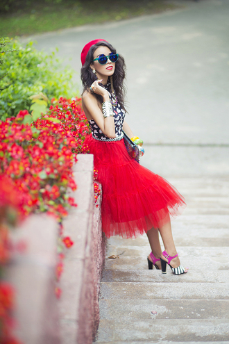 macademian girl blogger top skirt shoes bag belt jewels sunglasses