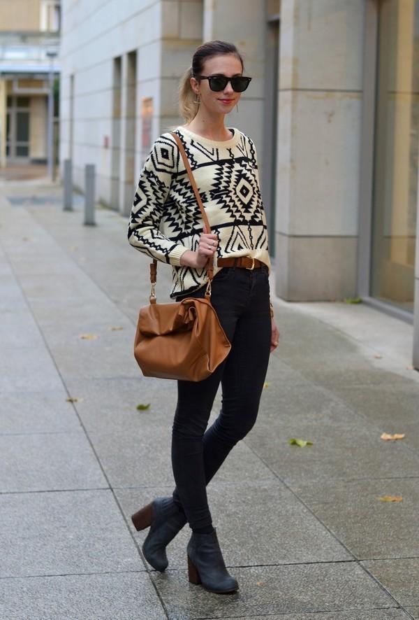 vogue haus sweater pants shoes belt bag sunglasses jewels