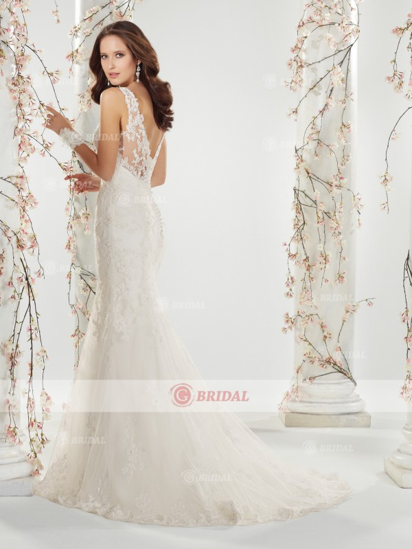 Mermaid/Trumpet V-Neck Buttons Court Train Lace Cap Sleeves Wedding Dresses
