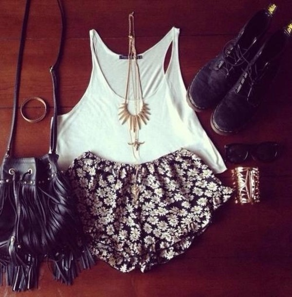 blouse bag jewels shoes white white crop tops tube top tube t shorts