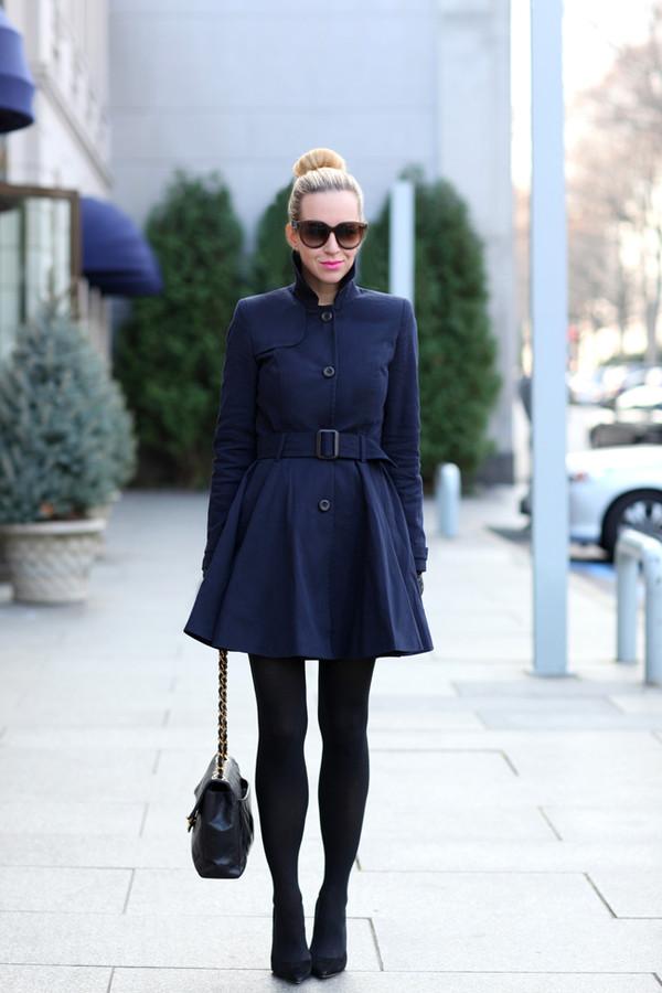 brooklyn blonde coat shoes sunglasses bag