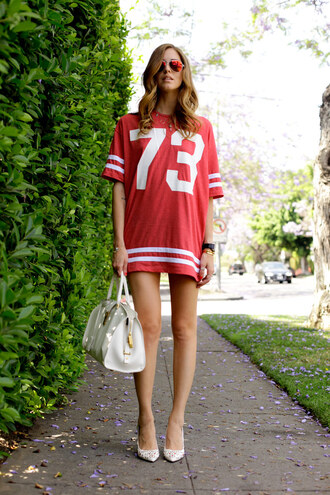 the blonde salad shoes dress jewels bag sunglasses isabel marant red mini dress shirt dress number striped dress stripes mirrored sunglasses chiara ferragni top blogger lifestyle ysl ysl bag white bag aviator sunglasses pointed toe pumps pumps white pumps high heel pumps top jersey dress style casual blogger jersey