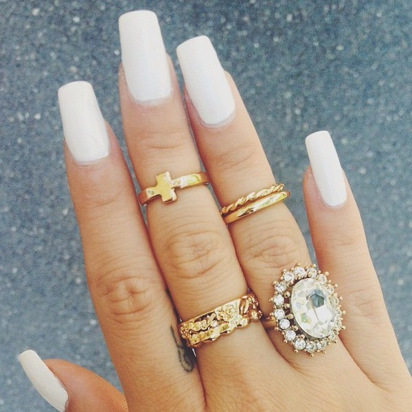 jewels gold ring ring half jewelry gold knuckle ring fingers white nails blue