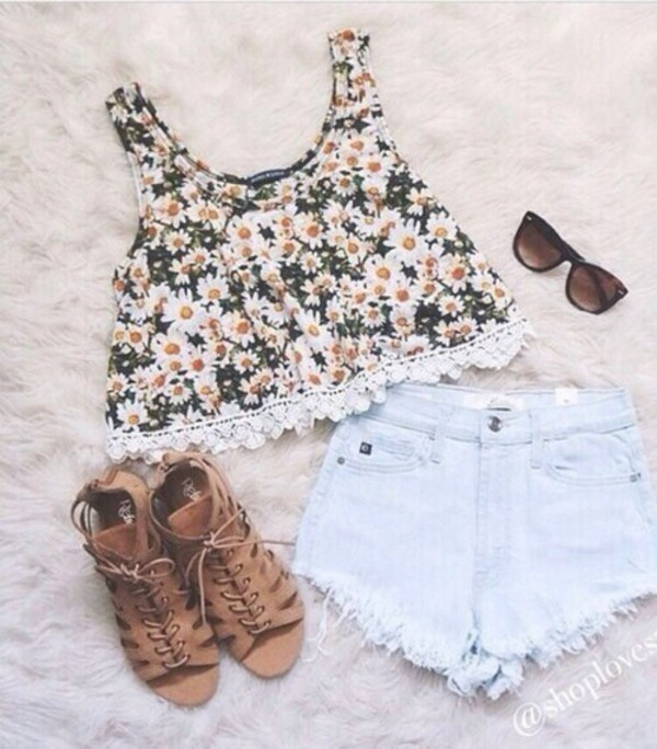 top flowers flowers floral daisy short jeans shorts #summer #cool #want