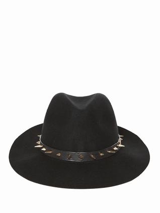 berenice mode femme chapeau clou so punky