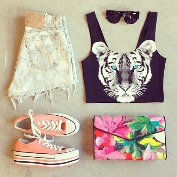 shirt tiger blue eyes animals black and white converse cut offs crop tops shorts bag clutch floral shoes