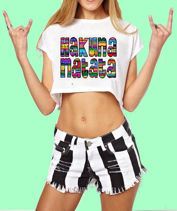 t-shirt womens tshirt women girly shorts crop tops t-shirt hakuna matata hakuna matata bitch funny shirt funny quote shirt cute crop tops crop tops cropped shirt cropped