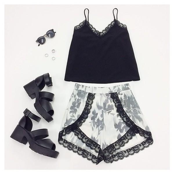 shorts wrap summer sunglasses tank top skirt shoes black black lace lace floral