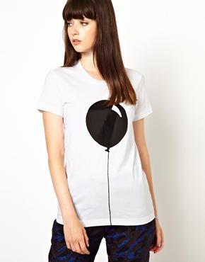 Markus Lupfer   Markus Lupfer - T-shirt imprimé ballon chez ASOS