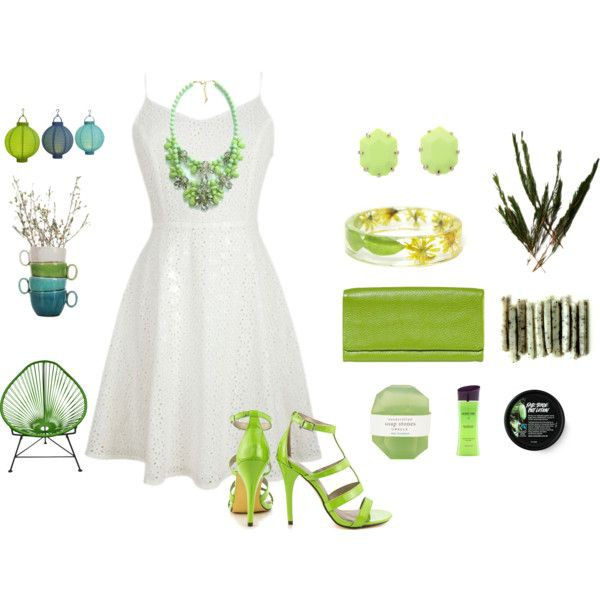 jewels necklace bracelets green shoes trendy gorgeous love more dress
