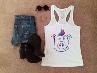 dirty pig girl booties sunglasses tank top shop outfit
