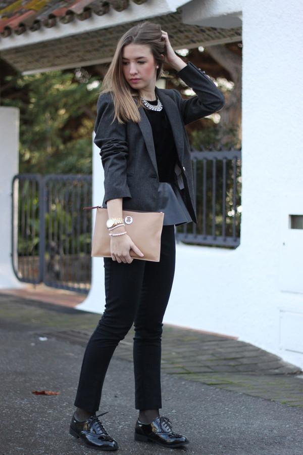 say queen jacket blouse pants jewels t-shirt shoes bag