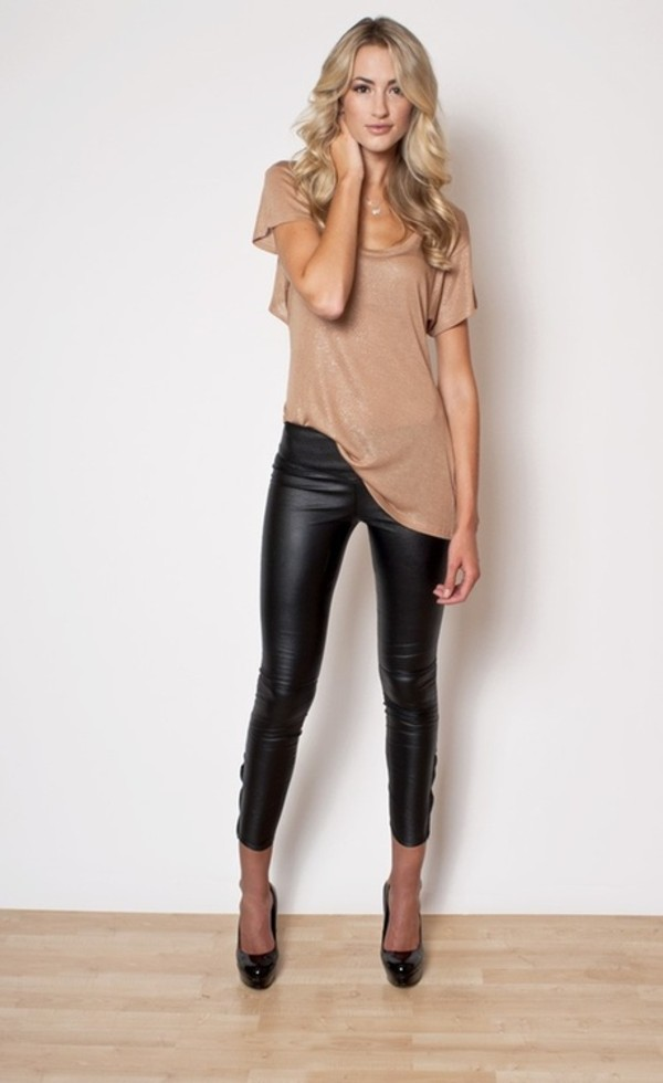 pants leather black leather pants nude beige top leater pants black pumps shirt black leather leggings leather pants asymmetrical shirt shimmer gold t-shirt leggings leather jeggings blouse black  heel shoes shoes beige leather leggings night outfit nude round neck too faux black leather leggings faux leather leggings faux leather black faux leather black leggings nude shirt shiny nude shirt flowy shirt t-shirt nude sparkly tshirt black chic