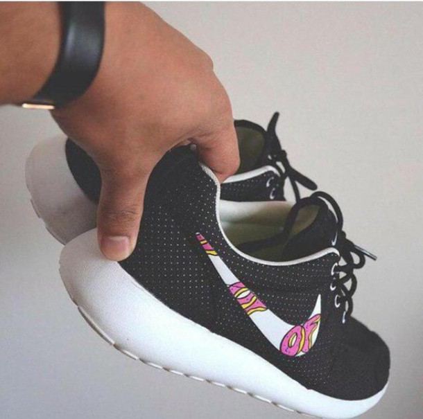 shoes roshes odd future of nike black white donut black shoes nike roshe run