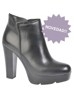 Zapato abotinado fabricado en piel negra - Alpe Tienda Online