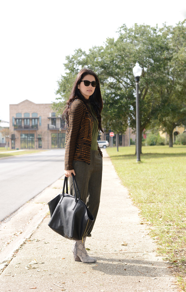 behind the seams sweater pants shoes bag sunglasses