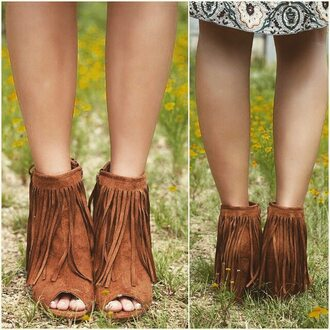 shoes amazing lace fringes wedges bootie fall outfits rust tan brown cute trendy shop shopping chic boho free spirit