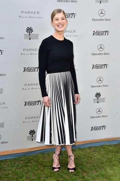 skirt top black and white midi skirt rosamund pike pleated skirt