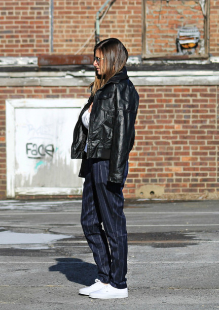 to be bright blogger pants stripes leather jacket white sneakers striped pants