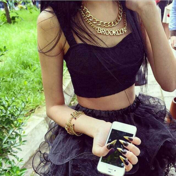 skirt top tank top tank top jewelry necklace black bracelets gold nails jewels