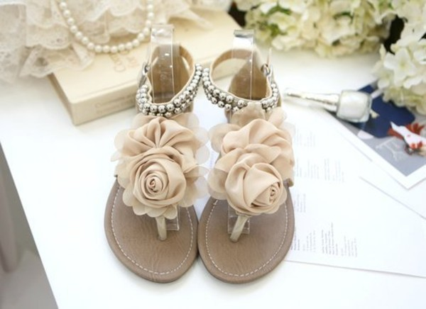 shoes flats nude beige flowers sandals flat sandals floral flowers