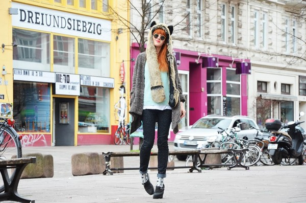 vicky's mode blog coat sweater pants jeans shoes jewels