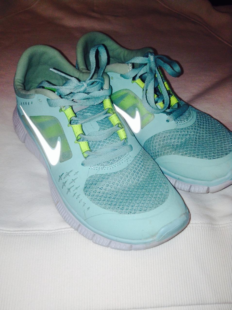 (New shoes ye yeeeee)