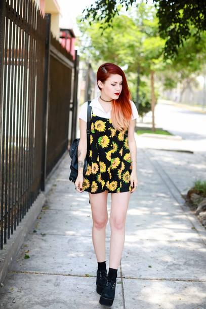 le happy blogger romper sunflower top shoes grunge 90´s floral pattern