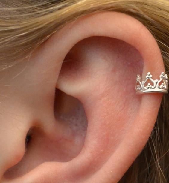 jewels earrings ear cuff crown ear cuff silver fashion style earrings accessories ear piercings earrings hair accessory helix piercing princess piercing queen perfect i want it black and sparkaly swimwear