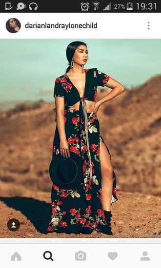 dress robe ropa flowers fleurs motifs cache coeur boho boheme vintage old long dress blacck black red cut cut dress desert wild