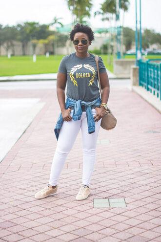 pinksole blogger sunglasses jewels jacket t-shirt jeans shoes bag denim jacket white jeans shoulder bag sneakers