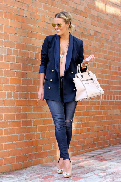 the courtney kerr blogger blazer navy nude high heels aviator sunglasses jacket jeans shoes jewels bag sunglasses