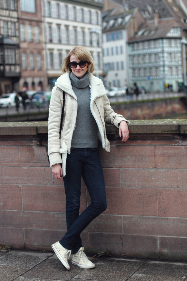 district of chic sunglasses jacket sweater jeans bag
