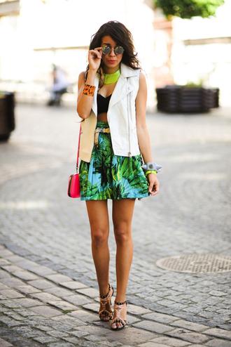 macademian girl jacket t-shirt skirt shoes jewels bag sunglasses