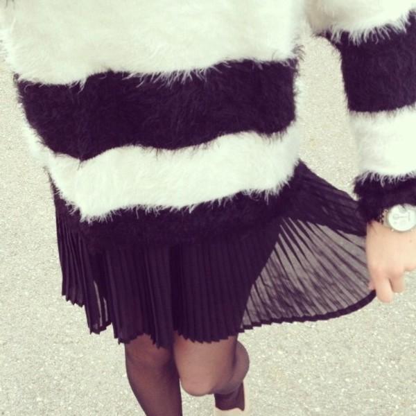 sweater black white black and white zara pullover blogger fashion