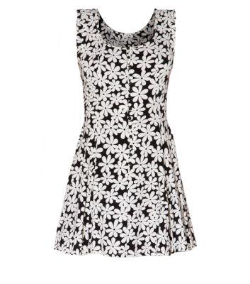 Parsian Monochrome Daisy Print Skater Dress