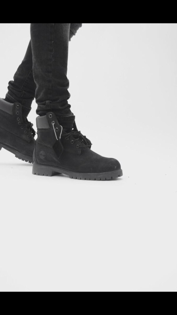 shorts timberlands black black timberlands boots winter boots winter outfits cute shoes
