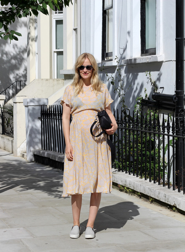 blame it on fashion dress shoes bag sunglasses