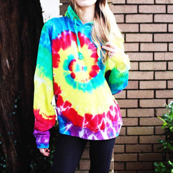 top blouse tie dye hoodie blonde hair oversized sweater oversized colorful cool winter outfits