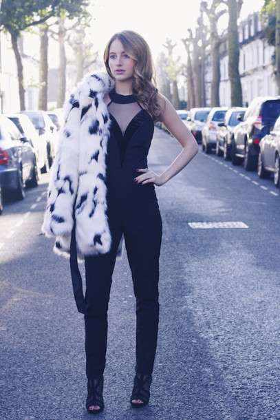 at fashion forte blogger jacket jumpsuit jewels shoes