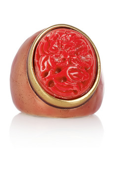 Oscar de la Renta Gold-plated carved resin ring - 50% Off Now at THE OUTNET