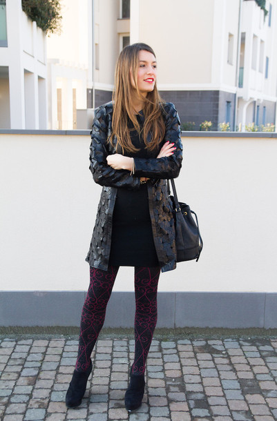 style and trouble blogger coat tights black coat dress shoes jewels