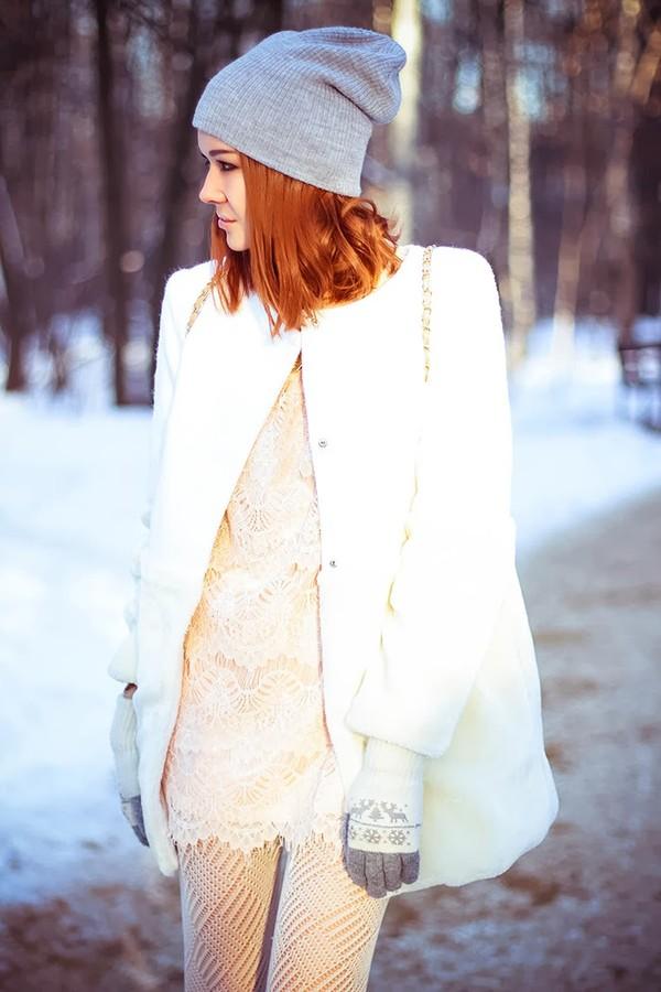 gvozdishe coat jewels shoes dress